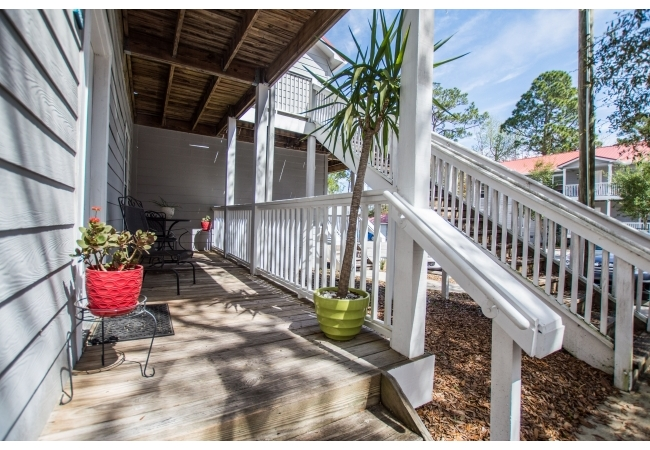 Located on Old Archer Road, these are among the closest condos to UF & Shands.