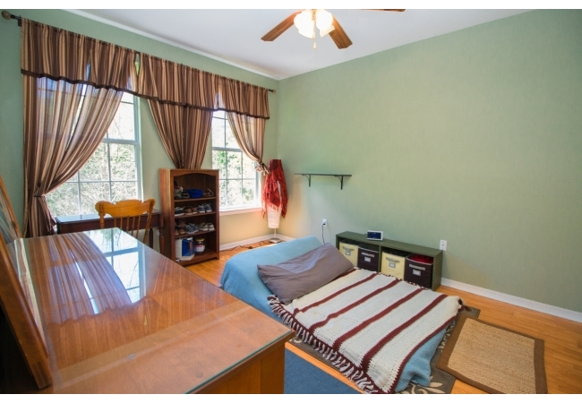 The master bedrooms are spacious!