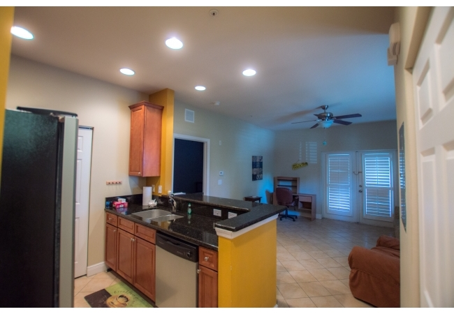 Other than the townhouse floor plan, Lionsgate also has a 2BR/2BA flat style.