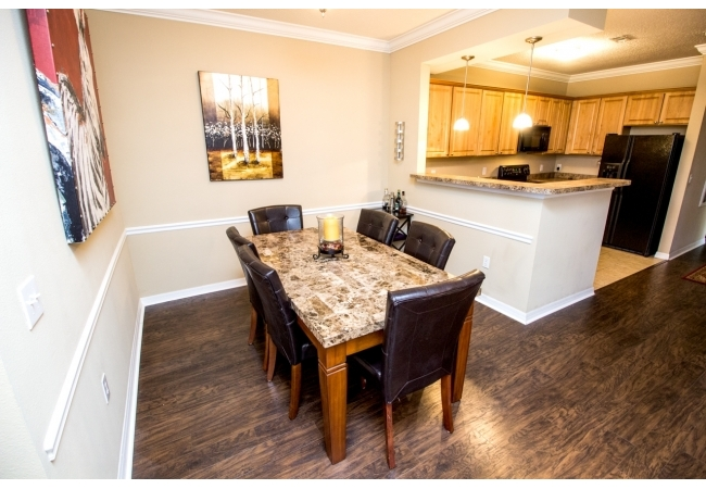 The separate dining area off the kitchen is perfect for studying!