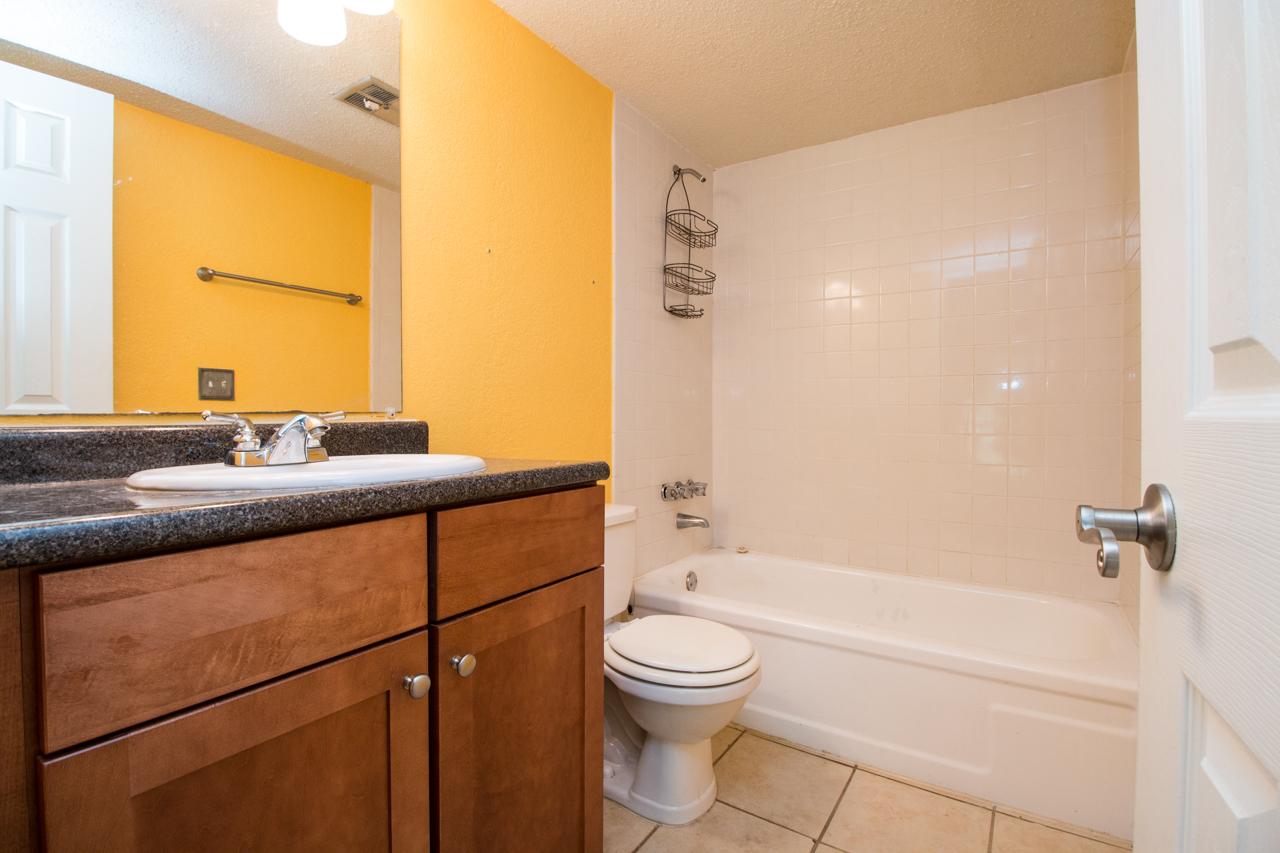 Creeks Edge Gainesville Condos For Sale In Creeks Edge - Bathroom vanities gainesville fl